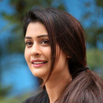 Reshma V